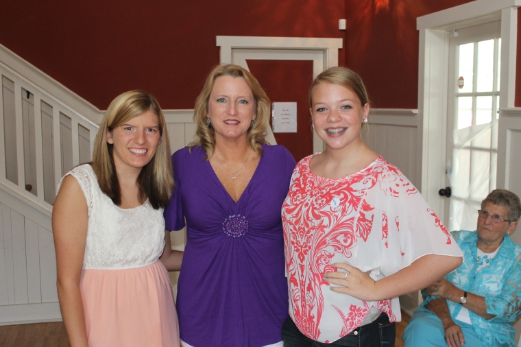 Mom is in the middle. LOVE HER!