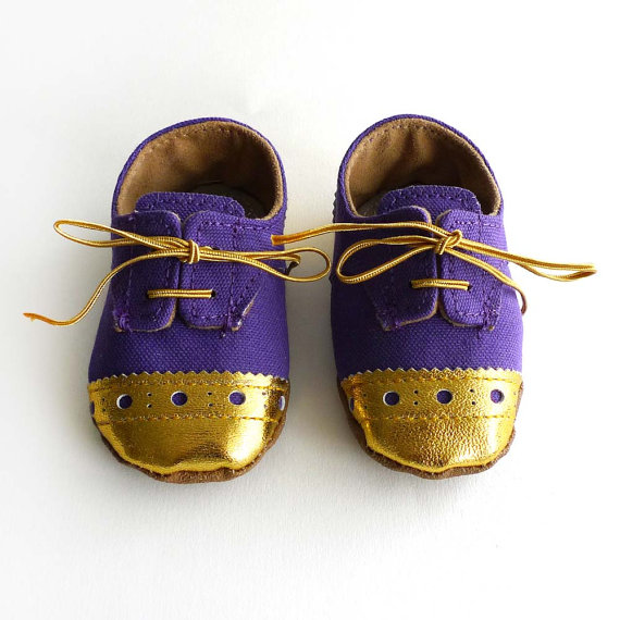 Ajalor https://www.etsy.com/listing/125728985/baby-shoes-boy-or-girl-purple-canvas?ref=shop_home_feat